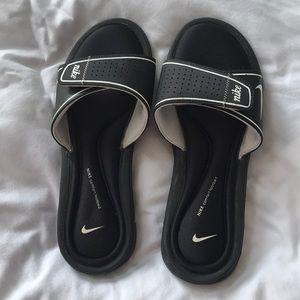 Nike velcro slides